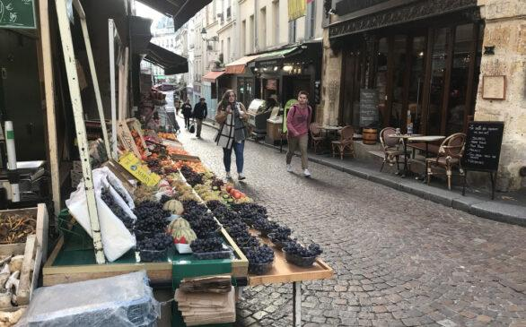 finding hemingway poem paris rue de monfetard market irish mexican amwriting writing poet solphia itunes spotify